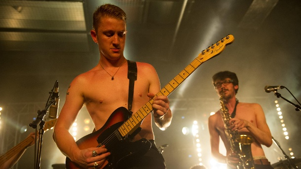 tod-mit-32-dale-barclay-war-der-frontmann-der-band-the-amazing-snakeheads-